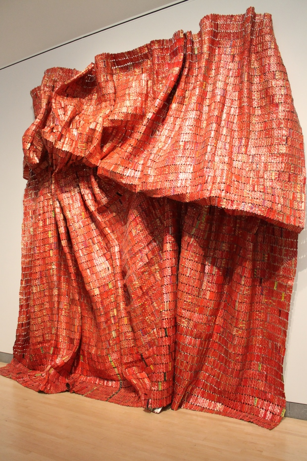 El Anatsui Brooklyn art museum 037